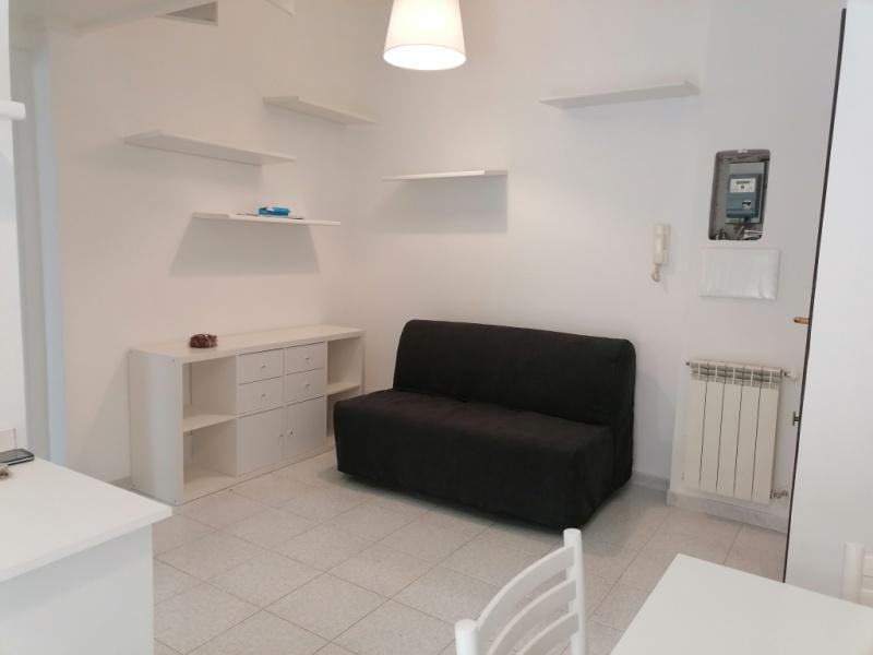VIA CAIRO MONTENOTTE, ROMA, Lazio 00168, 2 Stanze da Letto Stanze da Letto, ,1 BagnoBathrooms,Appartamento,Affitto,VIA CAIRO MONTENOTTE,1036