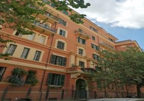 28 VIA VOLSINIO, ROMA, Lazio 00199, 4 Stanze da Letto Stanze da Letto, ,1 BagnoBathrooms,Appartamento,Vendita,VIA VOLSINIO,1040